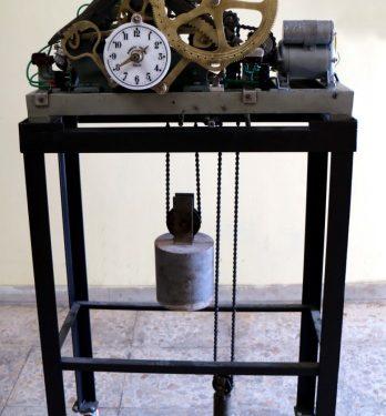 Restaurata la macchina orologio di Roberto Trebino